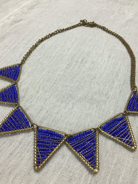Give me Blue - the chic blue neck piece
