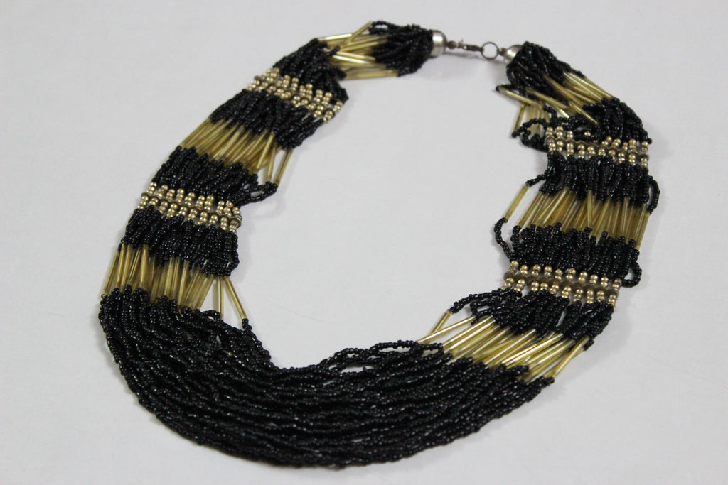 Of beads & Pretty pipes - Black & Gold