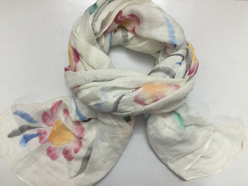 Rectangular Little rough feel - Flowers on white Scarf.