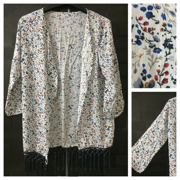 Red - Blue - Grey Flowers White Shrug with Grey Tassels