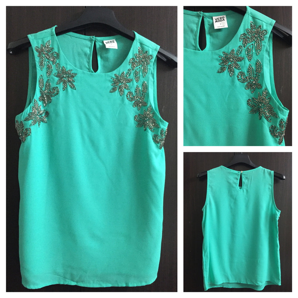 Green Sleeveless top with sequins