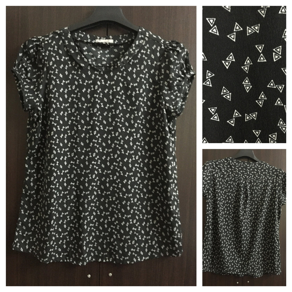 Black Casual Top with Triangular Print - #FTFY - For The Fun Years