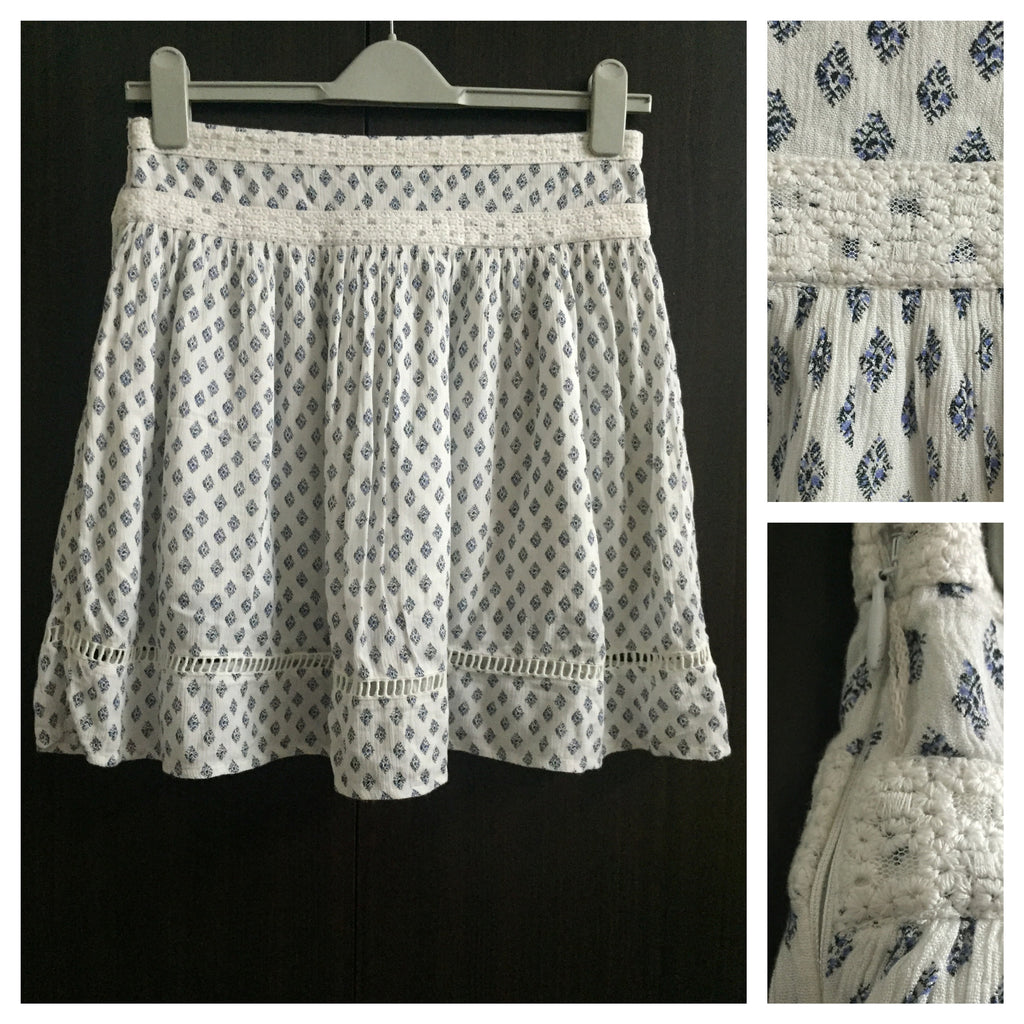 White Skirt with indigo-black design
