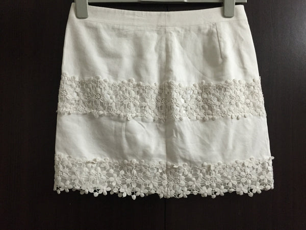 Pretty White Skirt with little shimmer lace