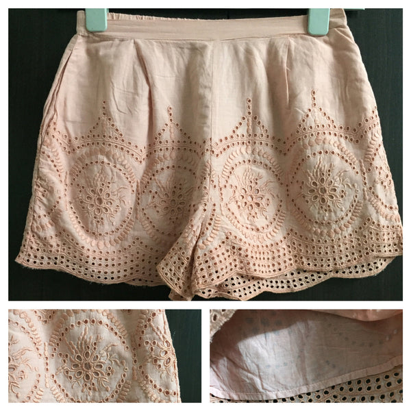 Elegant Peach cut-work shorts