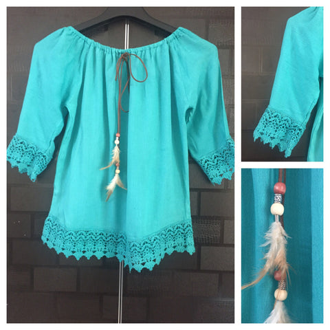 Off Shoulder Top with lace and feathers - Blue
