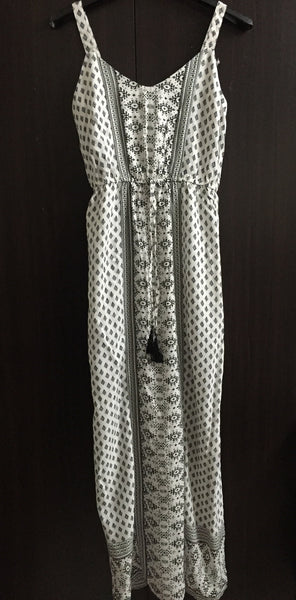 Long White Panel Maxi Dress with black/Indigo Prints.