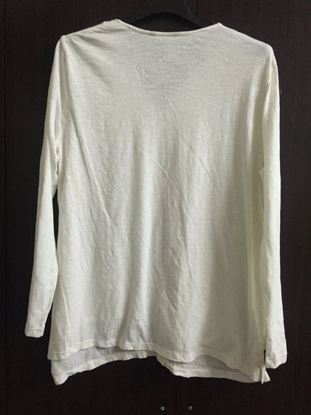 Pretty White casual Top with White sequins arund Neck