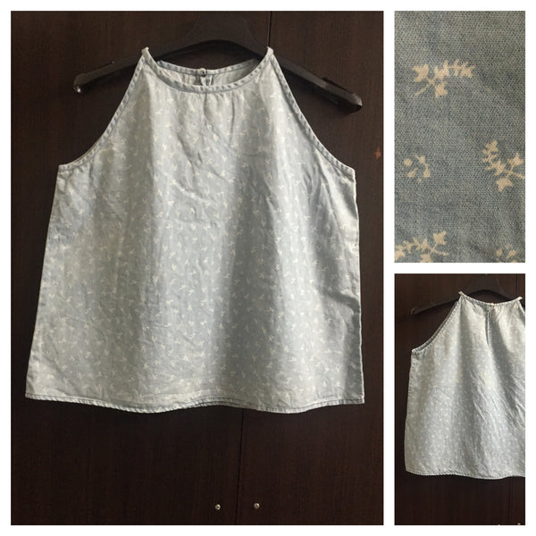 Sleeveless Denim Top with Little flowers