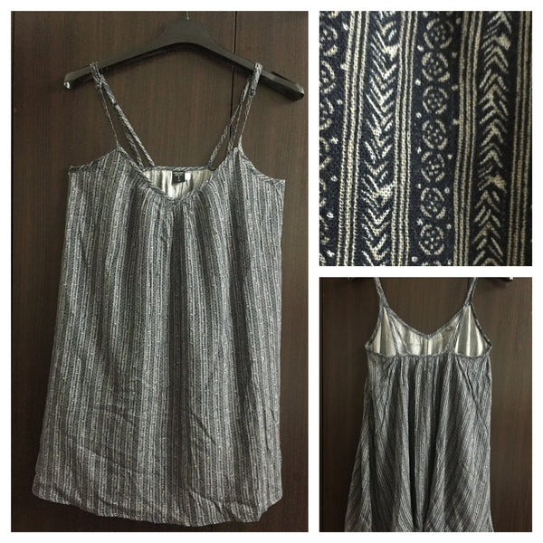 Loose Comfort Fit, Long Spaghetti Top