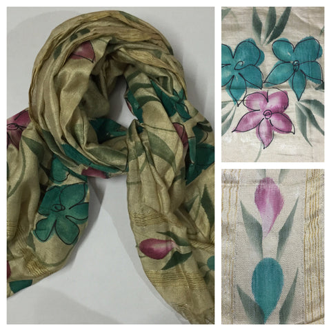 Rectangular Water Color Flowers in Pink & Green Scarf