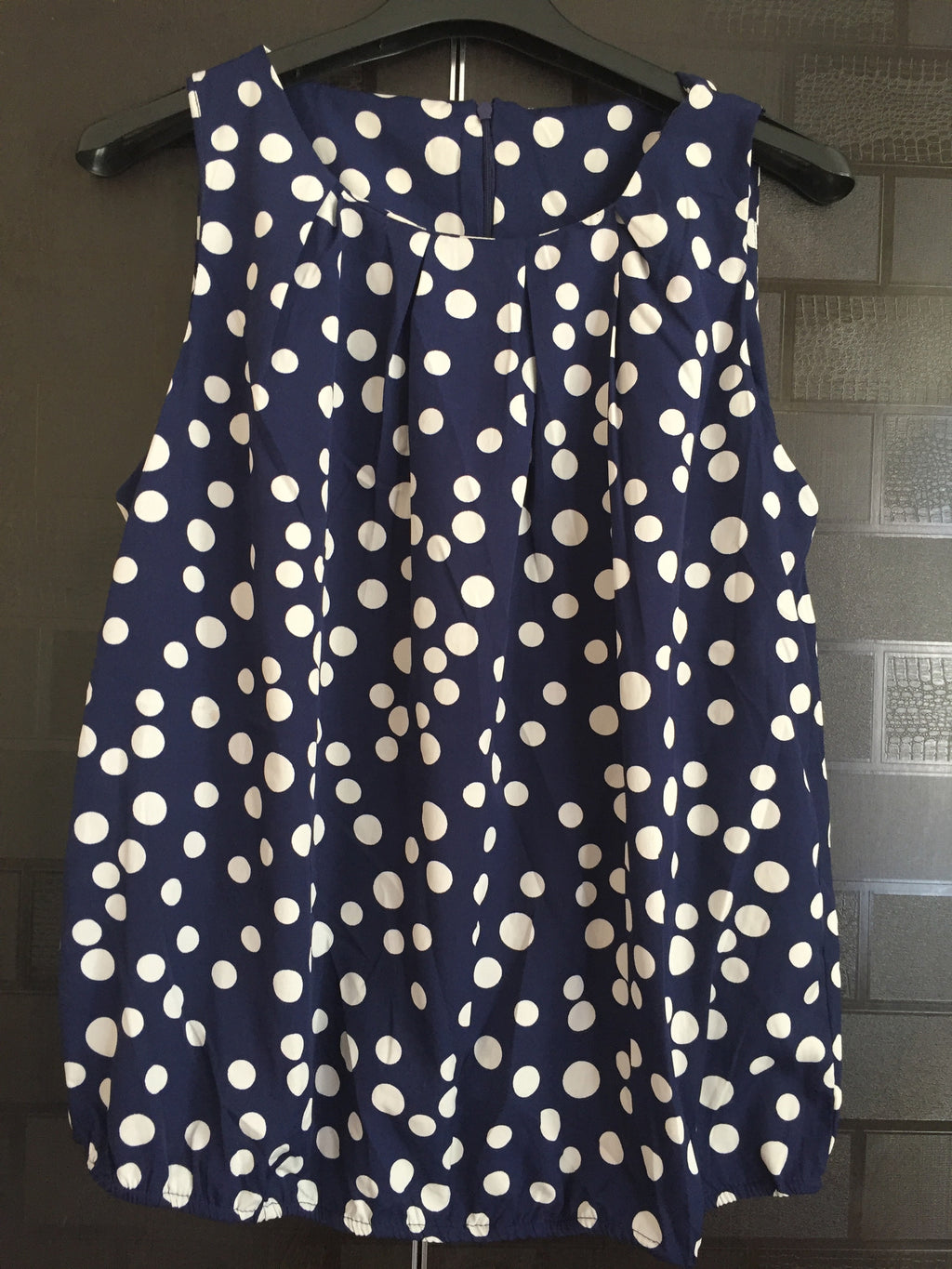 Blue and White Polka Dotted Balloon Top - #FTFY - For The Fun Years