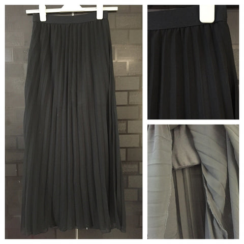 Stylish Black Long Skirt with short lining