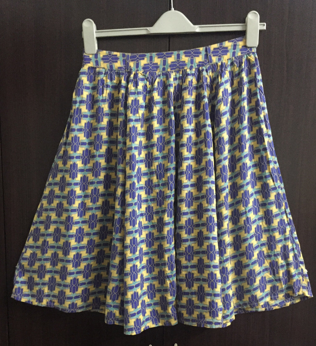 Pretty Rayon geometric Print Skirt.