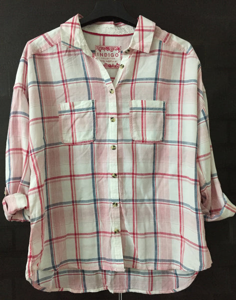 Drooping Shoulders, Pink-Blue Check Shirt