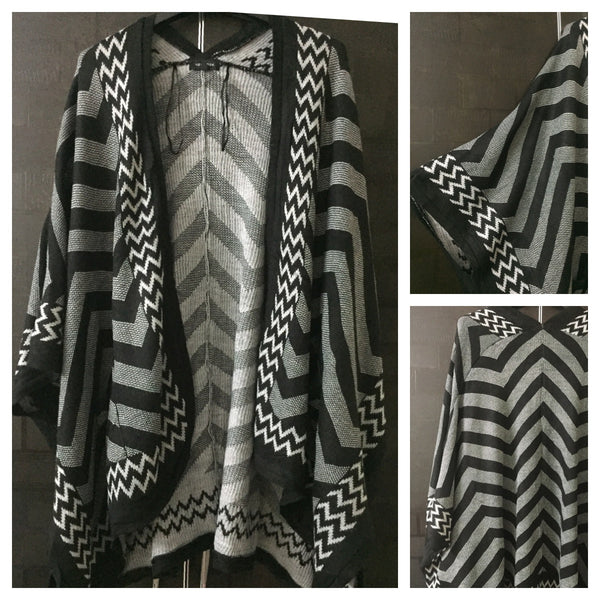 Warm - Black and Grey, zig-zag sweater