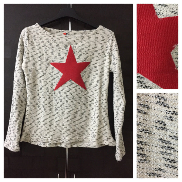 Warm - Red Patched Star Top - Cream