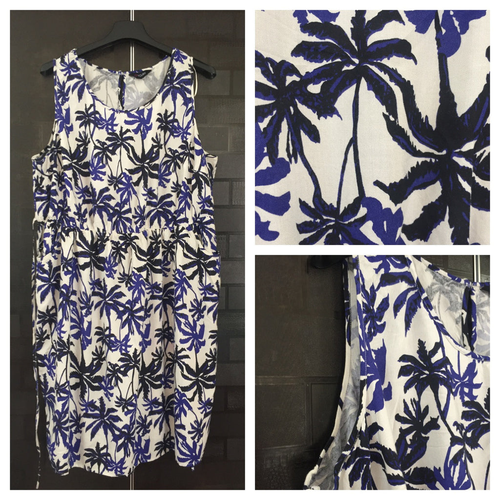 Casual Comfort Fit, Sleeveless Dress with coconut tree prints