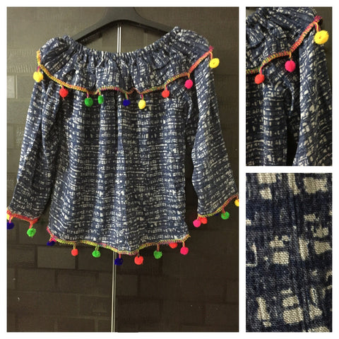 Colorful Pom-Poms, Grey-Blue  On-Off Shoulder Top