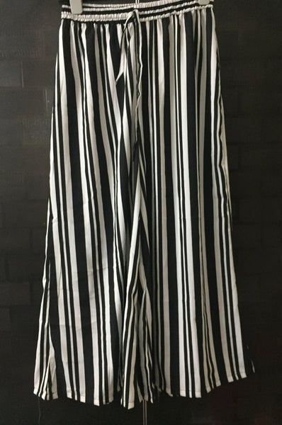 Black - White Stripes Palazzo with loose, extremely wide leg