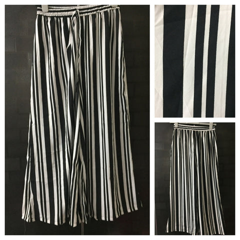 Black - White Stripes Palazzo with loose, extremely wide leg - #FTFY - For The Fun Years
