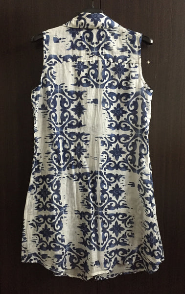 Light and Dark Blue Flowers on White Collared Dress