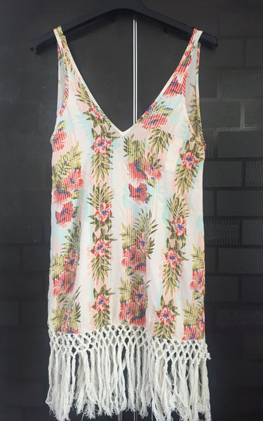 Floral prints, Casual Long Sleeveless Top with Cream Tassels