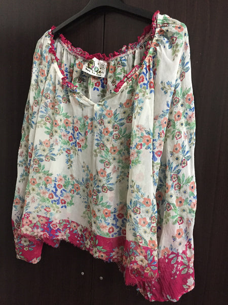 Pink & Cream Floral Short Top with Loose Sleeves