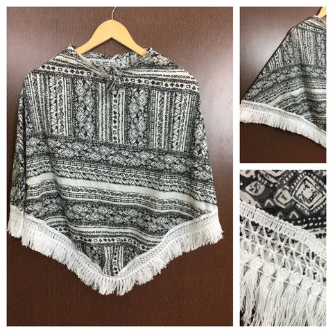 White Tasseled - Printed Poncho Top - Black and White