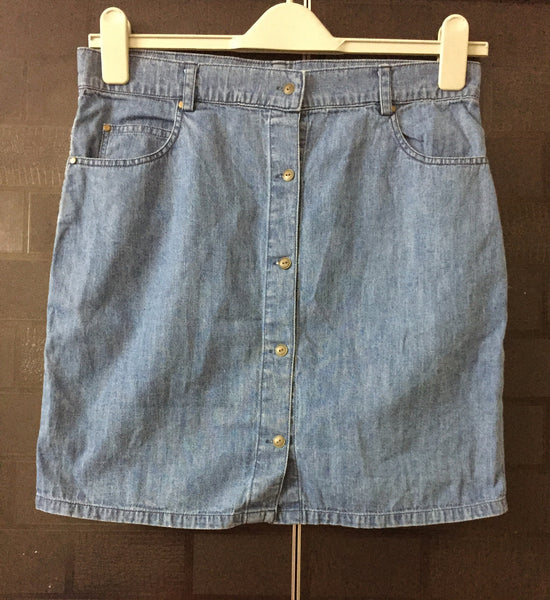 Front Buttoned Denim Skirt