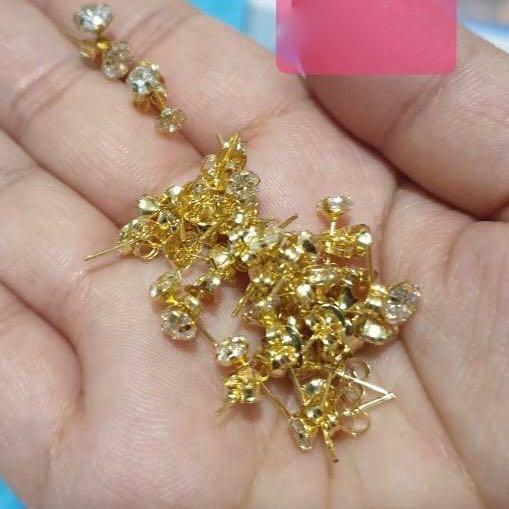 Crystal Stud Earrings 18K Gold 25jn10 - ZNZ Jewelry Philippines