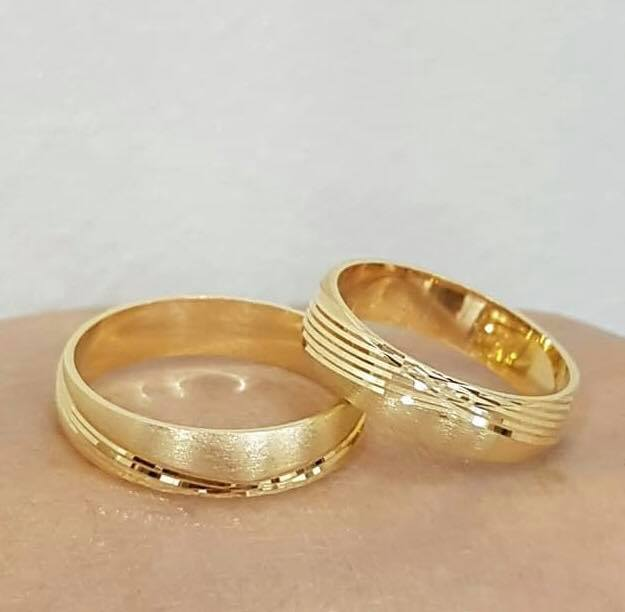 ARISTO 10K Gold Wedding Bands, Couple Rings, Solid