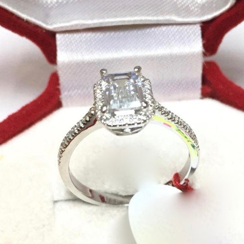 AVERY 2 ct Emerald Cut Halo Engagement Ring with Thicker Band in 18K White Gold - ZNZ Jewelry Philippines