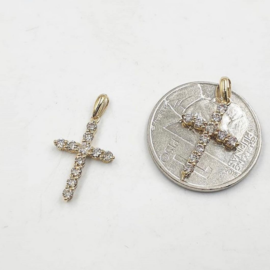 .49ct Diamond Cross Pendant 18K Gold with free chain
