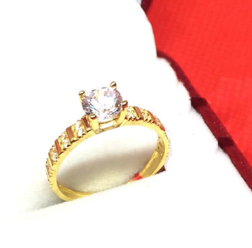 ANNIE 18K Gold Engagement Ring