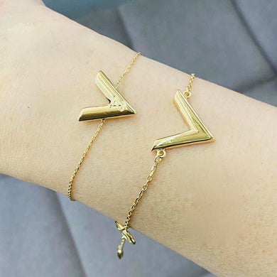 V Gold Bracelet for Women 18K