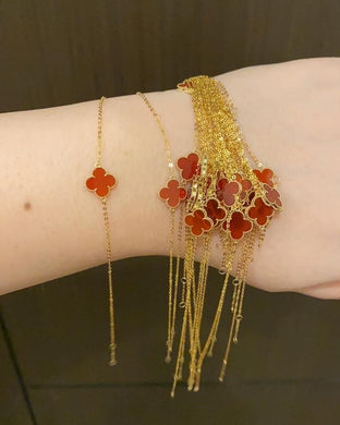 Alhambra Bracelet Red Carnelian Clover 18K Yellow Gold - Good luck, faith, hope, love, and luck!
