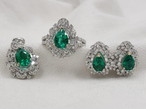Emerald Diamond Jewelry Set 18K White Gold