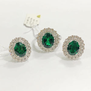 6ct Green Emerald Diamond Jewelry Set in 14K Gold