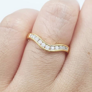 V-Shaped Diamond Wedding Band for Women 18K Gold, Wedding ring upgrade, anniversary gift, birthday gift
