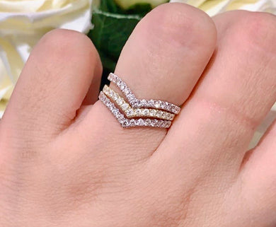 Ezra 18K Half Eternity V-Shaped Diamond Ring - ZNZ Jewelry Philippines