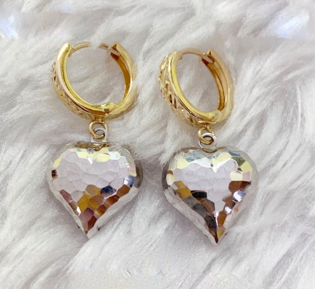 18K Gold Hoop White Heart Earrings mytt29 - ZNZ Jewelry Philippines