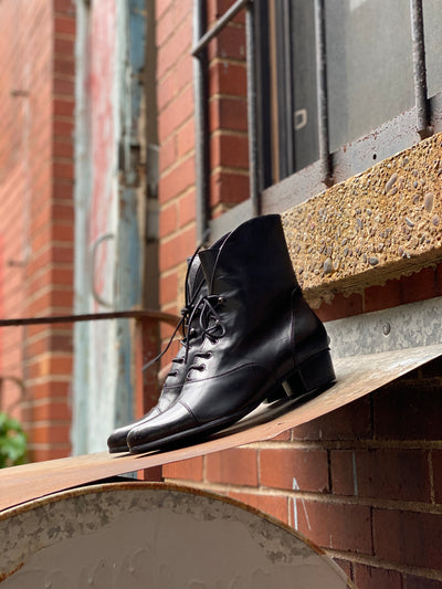 Galil Bootie | Black - Wright Shoe Co. Ltd