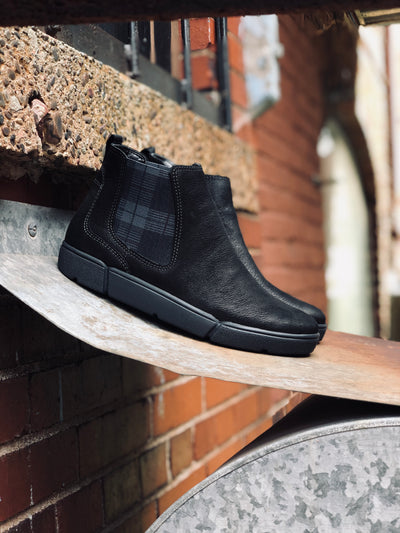 Rainn HighSoft Boot | Black Plaid - Wright Shoe Co. Ltd