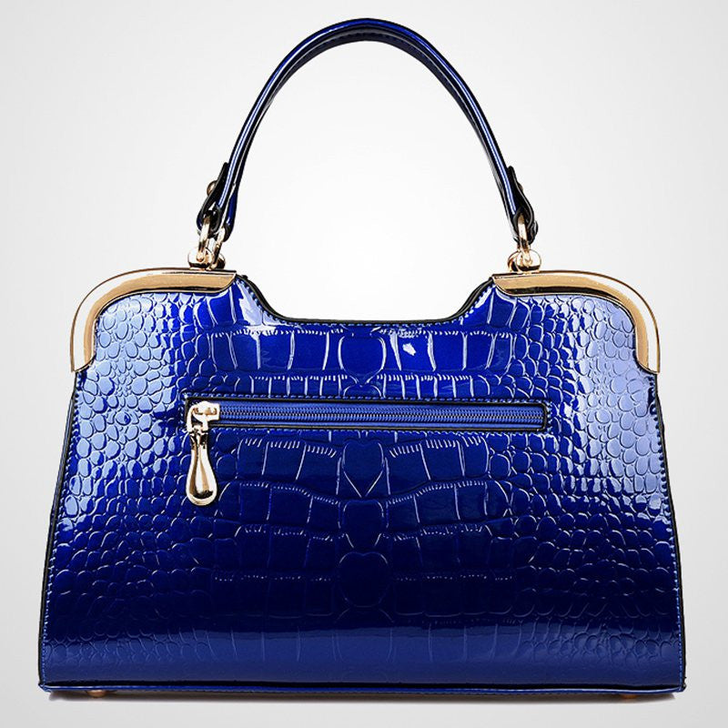 2017 New Patent leather crocodile stone fashion handbag