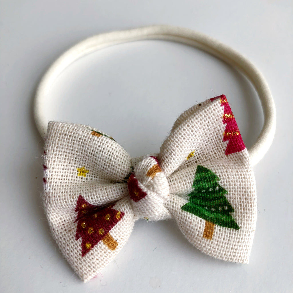 "Farmhouse Christmas 2"" Chloe bow"