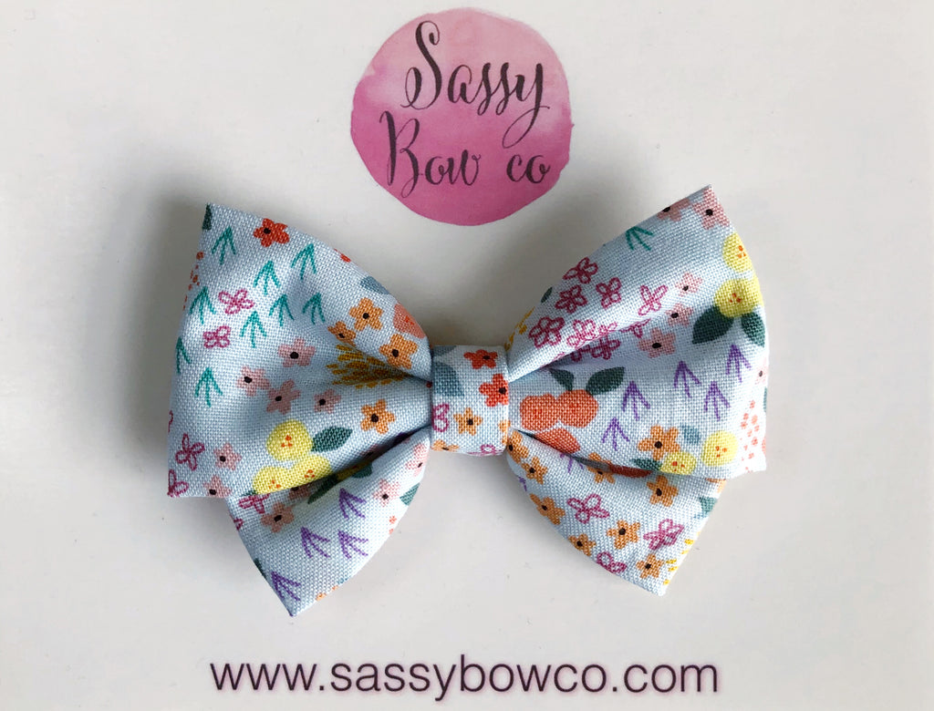 Simple Floral Madi Cotton Bow