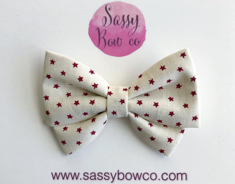 Cream and red stars Madi Cotton Bow