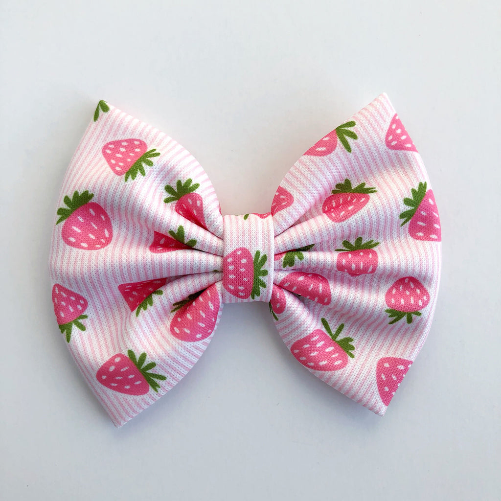 "Strawberry Stripes 4"" Capri Bow"
