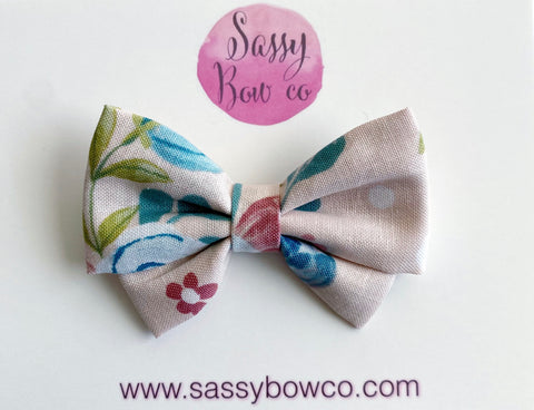 Neutral Floral Madi Cotton Bow